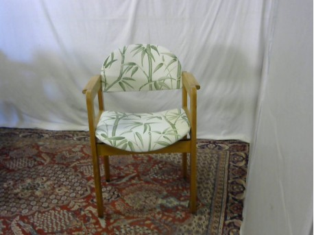 chaise bois assise beige dessin bambou