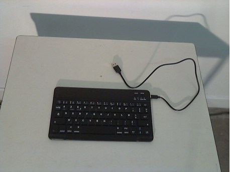 CLAVIER TABLETTE TELEPHONE