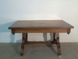 TABLE MARRON